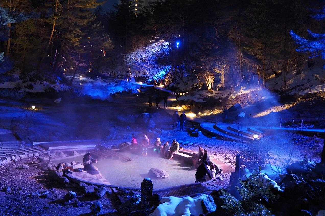 西の河原公園のライトアップ