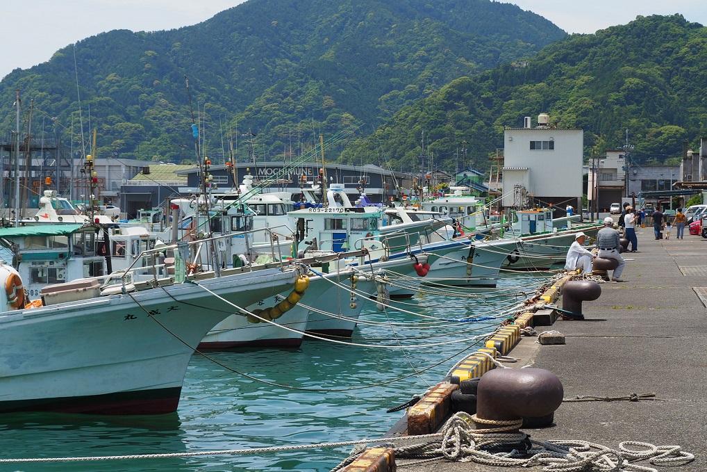用宗漁港の漁船