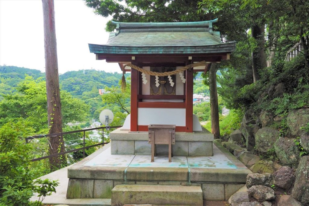 結 明神社